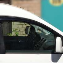 COBRA TUNING Дефлекторы окон на Volkswagen Caddy III '04-15 2d (накладные)